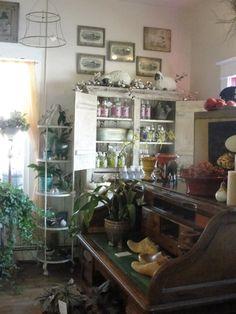 Home - Montana Flower Shop, Antiques, Vintage Furniture, Garden, Home Decor, Roses