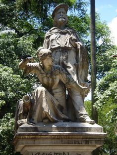 Monumento a Anita Garibaldi e Giuseppi Garibaldi. # Porto Alegre, Brasil.