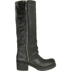 Vic Matie Damenschuhe Stiefel 1F5804D 1F5804D Vic Matie Schwarze Damen-Stiefel von Vic Matie. Das Obermaterial ist aus feingenarbtem Leder g...