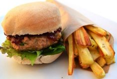 Christmas Turkey Burgers with Parsnip Chips - 396 cals / £1.51 per serving. Christmas dinner in the form of burger and chips! http://www.gourmetmum.tv/easy-recipes/christmas-turkey-burgers-with-parsnip-chips.html