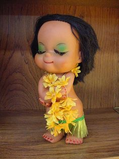 Vintage Hawaiian Hula Doll by LkcDesign on Etsy, $15.50 :D must...resist...buying... But look at that face!!