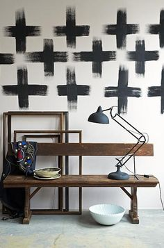 Elevate The Interior Design of Your Loft with These Vintage Lamps - Wall Treatments Interior Architecture, Interior And Exterior, Style Deco, Wall Crosses, Painted Crosses, Vintage Lamps, Wall Treatments, Decoration, Interior Inspiration