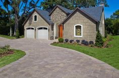 Loving the blended colors of the pavers on this driveway. Driveway Design, Driveway Pavers, Outdoor Paving, Paving Ideas, Design Basics, Outdoor Spaces, Living Spaces, Yard, House Styles