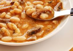 Spanish Kitchen, Spanish Food, Chana Masala, Bon Appetit, Wine Recipes, Macaroni And Cheese, Food And Drink, Soup, Tasty