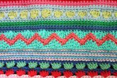 little woollie: Mixed stitch stripey blanket crochet-a-long Striped Crochet Blanket, Crochet Ripple, Manta Crochet, Crochet Blanket Patterns, Crochet Motif, Crochet Designs, Crochet Stitches, Scrap Yarn Crochet, Crochet Cushions