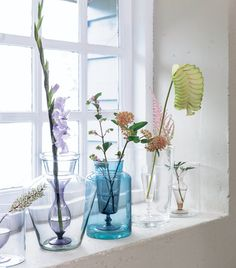 DIY vase - Zelfmaakidee: Glas-in-vaasvaas Kijk op Indoor Flowers, Diy Flowers, Plant Projects, Diy Projects, Vases, Diy Interior, Plant Decor, Pots, Decorating Your Home