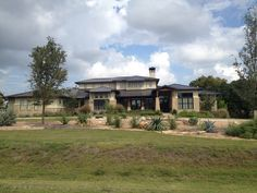 Hill country contemporary in Belvedere