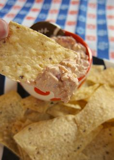 Touchdown Taco Dip~  16 oz sour cream, 2 cup shredded cheddar cheese, 1 (1oz) packet taco seasoning, 1 can Rotel, drained