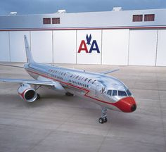 American Airlines Boeing 757 with Retro Astrojet Livery.
