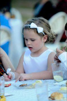 Flower girl reception. Writing on advice cards. Fall wedding