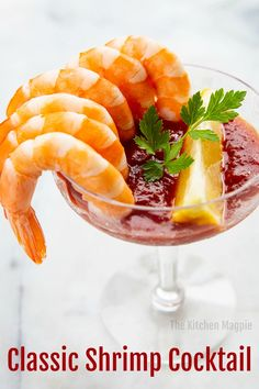 Cooked, cold shrimp served in a coupe or martini glass with homemade cocktail sauce is the perfect appetizer for every occasion! This Classic Shrimp Cocktail Recipe has been popular for decades for good reason! Sauce Cocktail, Homemade Cocktail Sauce, Homemade Sauce, Shrimp Cocktail Recipes, Seafood Cocktail, Appetizers For A Crowd, Seafood Appetizers, Appetizer Recipes, Appetizers