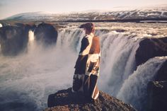 Magnificent landscape photography by Elizabeth Gadd will be posted. Elizabeth is very young and talented photographer. Into The Wild, Iceland Waterfalls, Adventure Is Out There, Nature Photos, The Great Outdoors, Niagara Falls, Landscape Photography, Cool Photos, Explore
