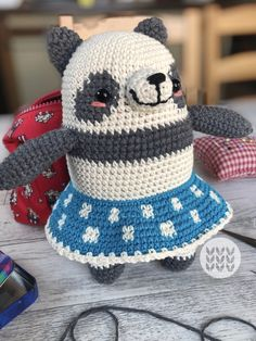 Panda, Crochet Hats, Fashion, Amigurumi, Crocheting, Baby Newborn, Knitting Hats, Moda, Fashion Styles