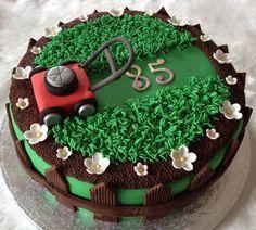 Garden Lawn Mower on Cake Central Cupcakes, Cupcake Cakes, Lawn Mower Cake, Grass Cake, Dad Cake, Fathers Day Cake, Garden Cakes, Gateaux Cake, Birthday Cakes For Men