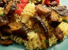 mediterranean pasta w eggplant, basil, mushrooms and olives (seductionmeals.com)
