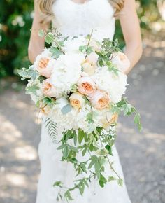 How pretty is this cascading bouquet? Adore!