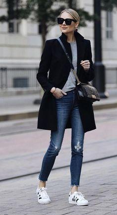 Biz Cas Whole outfit Zara Black Wool Coat Grey Sweater Madewell Denim Jeans adidas superstar sneakers Fashion Mode, Look Fashion, Winter Fashion, Womens Fashion, Fashion Black, Feminine Fashion, 2000s Fashion, Fashion Tips For Women, Petite Fashion
