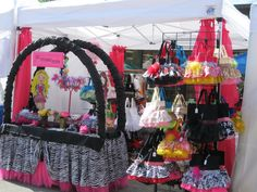 Craft Fair Booth Display Ideas | Les Toteable TuTu's and More: My first Craft sale booth.....