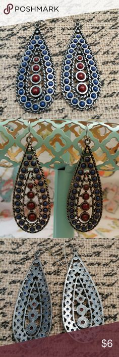 """Faux antique silver Boho navy and maroon earrings Faux antique silver, navy and maroon dangling boho earrings. Roughly 3"""" long. Great condition, only worn once! Charlotte Russe Jewelry Earrings"""