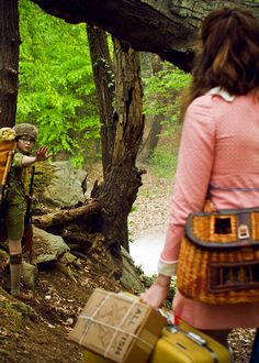 Embracing adventure in Sunday-school shoes Kara Hayward, Bruce Willis, La Famille Tenenbaum, Wes Anderson Movies, The Royal Tenenbaums, Moonrise Kingdom, Celebrity Photography, The Best Films, Moving Pictures