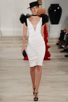 Ralph Lauren Spring 2013 Ready-to-Wear Fashion Show - Bruna Tenorio Catwalk Fashion, Fashion Show, Fashion Design, Fashion Weeks, Milan Fashion, Latest Fashion, White Fashion, Spring Fashion, New York