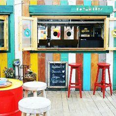The colorful bar at beachclub Indigo Scheveningen
