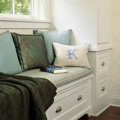 window seat incorporating drawers for reliable space saving storage -- flip top or more expensive drawers?