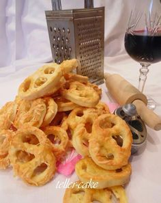 Onion Rings, Winter Food, Sweet 16, Recipies, Good Food, Food And Drink, Ethnic Recipes, Desserts, New Years Eve