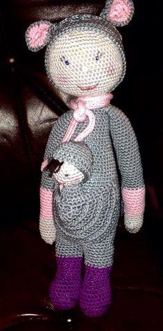KIRA the kangaroo made by Karin R. / crochet pattern by lalylala
