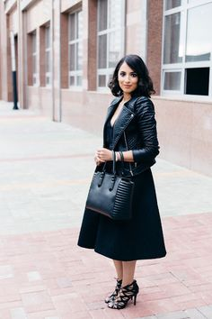 Back to Black // Leather and midi skirt // www.thebobbedbrunette.com