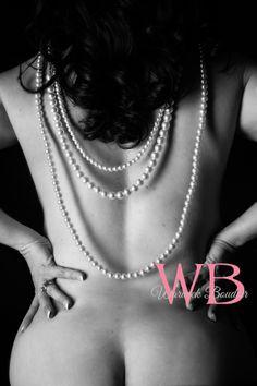 Warwick Boudoir Photography  www.warwickboudoir.com www.facebook.com/warwickboudoir  #boudoir #boudoirphotography #blackandwhitephotography #fineartnude
