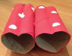 Valentines Day Binoculars. This was such a fun and easy craft and a great one to do with a little one just learning about Valentines Day. What a great way to spend time together with your little one, having fun while being able to start new traditions and shape their view of this holiday into a more positive one than the commercialized holiday that it has become.