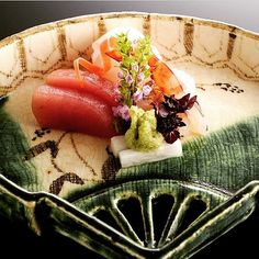 造りsashimi The sashimi every season. I take feelings time to serve it and make it carefully. 拘り抜かれた盛り付け時間をかけて丁寧にお作り致します  #Gionkaryo #Kyoto #happy #Gion #dericious #instagood #beautiful #follow #love # #cute #like4like #aritsune #craftsmanship #travel #kaiseki #selfiesunday #chef #yummy #instagramjapan #food #japanesecuisine #japan #Japanese#日本料理 #祇園迦陵 #迦陵 #懐石料理 #京都 #有恒 #料理人 by kyoto_gion_karyo