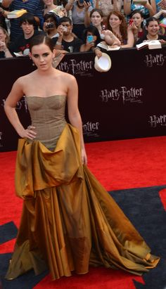 Emma Watson attends the premiere of 'Harry Potter and the Deathly Hallows - Part photo by John Carta Deathly Hallows Part 2, Strapless Dress Formal, Formal Dresses, Harry Potter Movies, 2 Photos, Emma Watson, Charlotte, Nyc, Celebrities