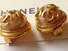 Chanel earrings CC Vintage Chanel Pearl Earrings by NUKOBRANDS