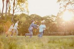 "Using sunlight, capturing candid moments.    Posts tagged: ""natural family photos"" » Natural, relaxed, heartfelt portraits. Sandra will capture the connection you share with beautiful use of light. Family and Wedding Photography on the Central Coast, Sydney, Hunter Valley."
