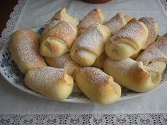 Hot Dog Buns, Hot Dogs, Pretzel Bites, Bread, Food, Basket, Brot, Essen, Baking