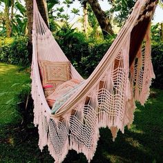B O H E M I A N ☮ ❁ ғollow ↠ ↞ on pιnтereѕт & ιnѕтagraм ғor мore ιnѕpιraтιon ☪ ☆ hammock outside, bohemian inspiration. The perfect Sunday spot! I would totally have this in my backyard Outdoor Spaces, Outdoor Living, Outdoor Decor, My New Room, My Dream Home, The Great Outdoors, Interior And Exterior, Exterior Design, Hampi
