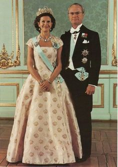 Queen Silvia wore this tiara for an Official Photo.