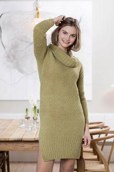 Dagens gratisoppskrift: Eira | Strikkeoppskrift.com Tweed, Ford, Sweaters, Dresses, Fashion, Womens Fashion, Tunics, Moda, Vestidos