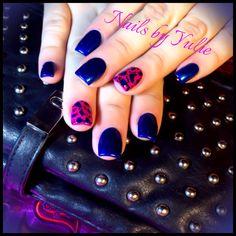 Royal blue with a pink... Simple and clean! Cheetah print nails #pigments #powder #pearlnails #pearlcolor #cheetahnails #cheetah #sinfulcolors #nailpolish #nailed #royalblue #sculptednails #cutenails #mattnails #colorfulnails #funcolors #nailtech #lovenails #nailsbyyulie #acceccories #cheetahlove #blingyournails #spectacularnails #naildesigns