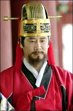 Empress Myeongseong(Hangul:명성황후;hanja:明成皇后) is a 2001 South Korean television series that aired onKBS2.  Empress Myeongseong was considered as the last empress of Korea because of theEulmi Incident(also called Operation Fox Hunt). 흥선대원군 유동근