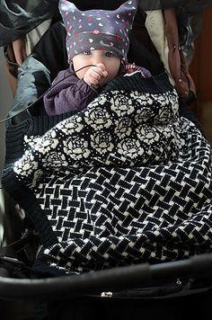 Ravelry: Baby Blanket Istar / Vognteppet Istar pattern by Pinneguri