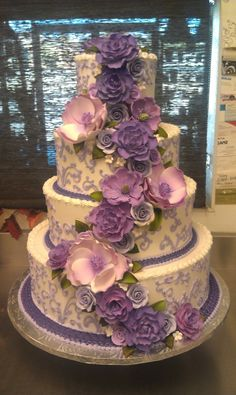 Purple and lavender wedding cake