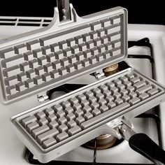 Keyboard Waffle Iron Lures Computer Obsessed Kids To The Table -  #breakfast #keyboard #waffles