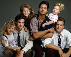 "TRES POR TRES, ""FULL HOUSE"" 