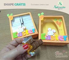 Free print to cut studio files to make Easter boxes/ box card Silhouette Projects, Silhouette Studio, Silhouette Cameo, Free Silhouette, Easter Templates, Chocolate, Inkscape Tutorials, Studio Cards, Free Shapes