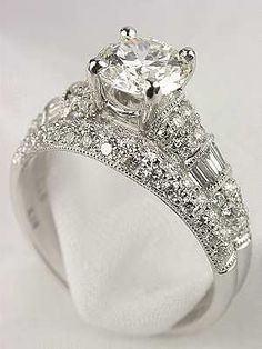 Antique Style Diamond Bridal Rings Set - Click image to find more Weddings Pinterest pins