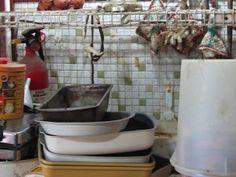 DAILY Cleaning Chores - part 1 ::   photo: Geralin Thomas