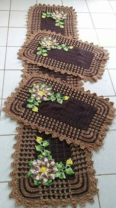 50 trendy crochet for beginners doilies lace Crochet Mat, Crochet Squares, Crochet Home, Love Crochet, Baby Blanket Crochet, Crochet Doilies, Crochet Flowers, Crochet Cushion Cover, Crochet Cushions